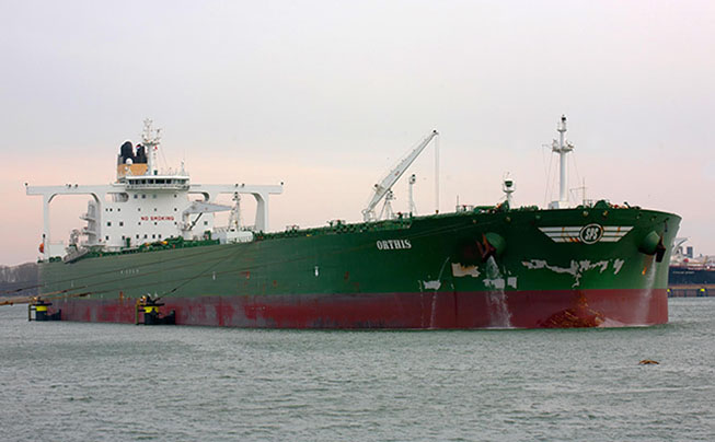 Oil tankers in floating storage drop sharply, led by