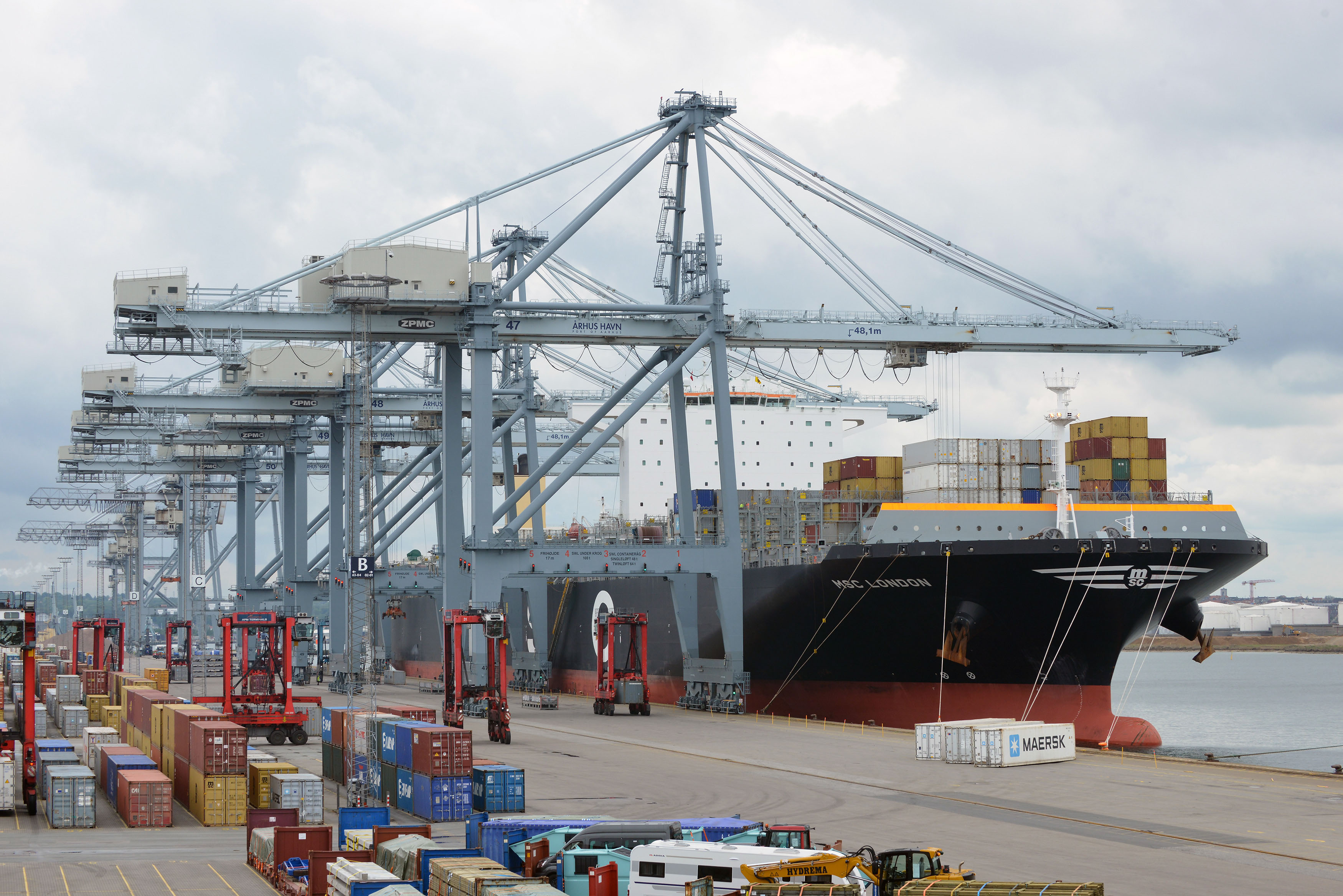 APM Terminals acquires full ownership of terminal in