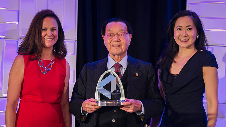 From left: Lloyd's List executive editor Helen Kelly, Foremost Group founder and president Dr James Chao; and Foremost Group Chairman and CEO Angela Chao