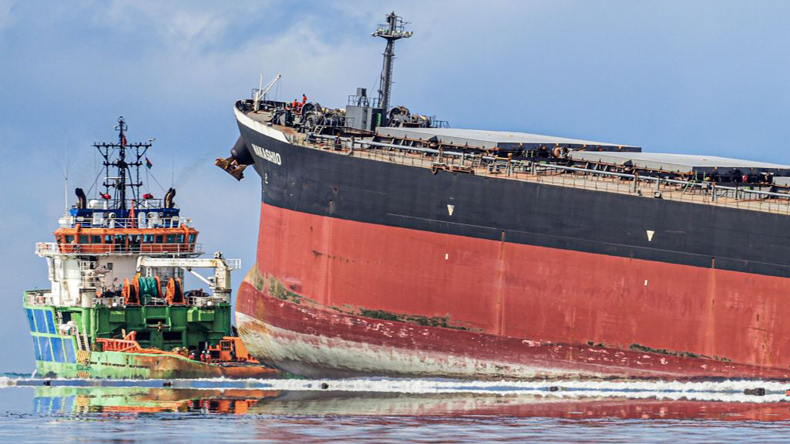 Bulker Wakashio grounded at Mauritius 11 August 2020. Credit: Daren Mauree/L'Express Maurice/AFP via Getty Images