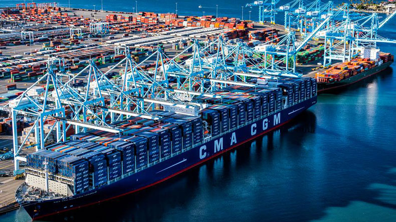 CMA CGM Benjamin Franklin at Los Angeles