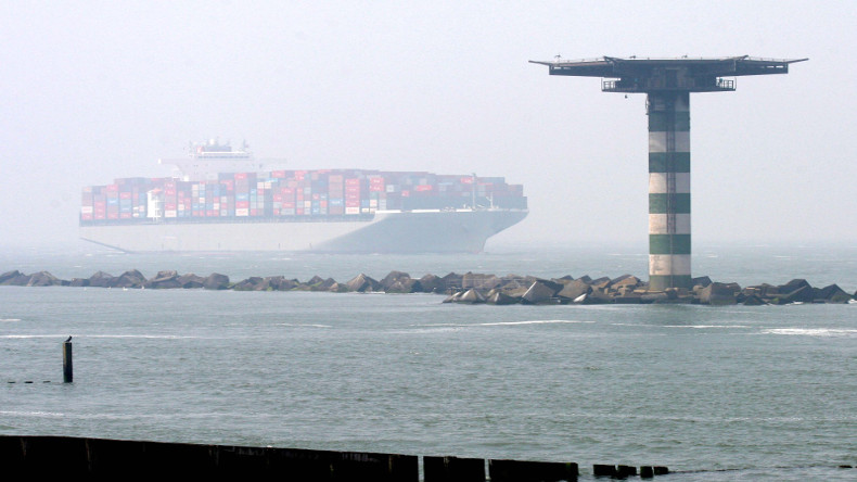 Mega ship in mist, Rotterdam at Hannover