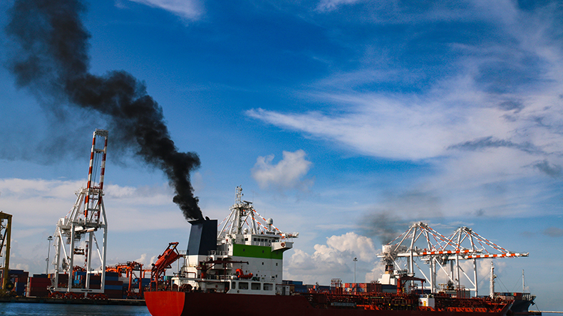 Port environment smoke pollution sulphur cap