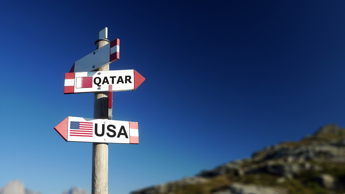 Qatar USA signs