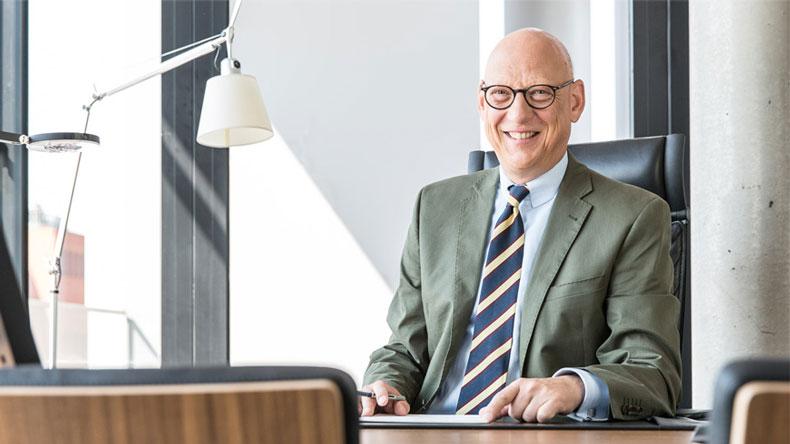 Top 10 maritime lawyers 2017 :: Lloyd's List
