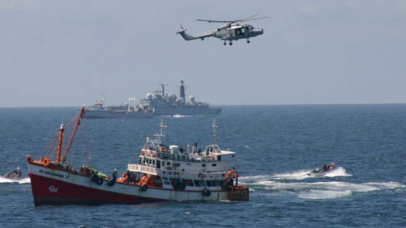 Somalia piracy and navy