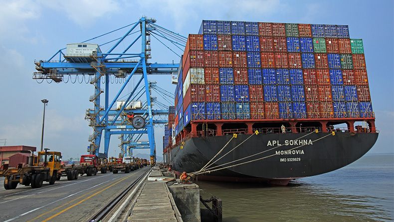Jawaharlal Nehru: the port in Mumbai is India's largest container terminal. © JNPT