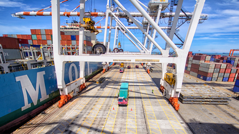 Laem Chabang: the Port Authority of Thailand aims to make it the regional hub for multimodal transport and logistics.© LCIT.com