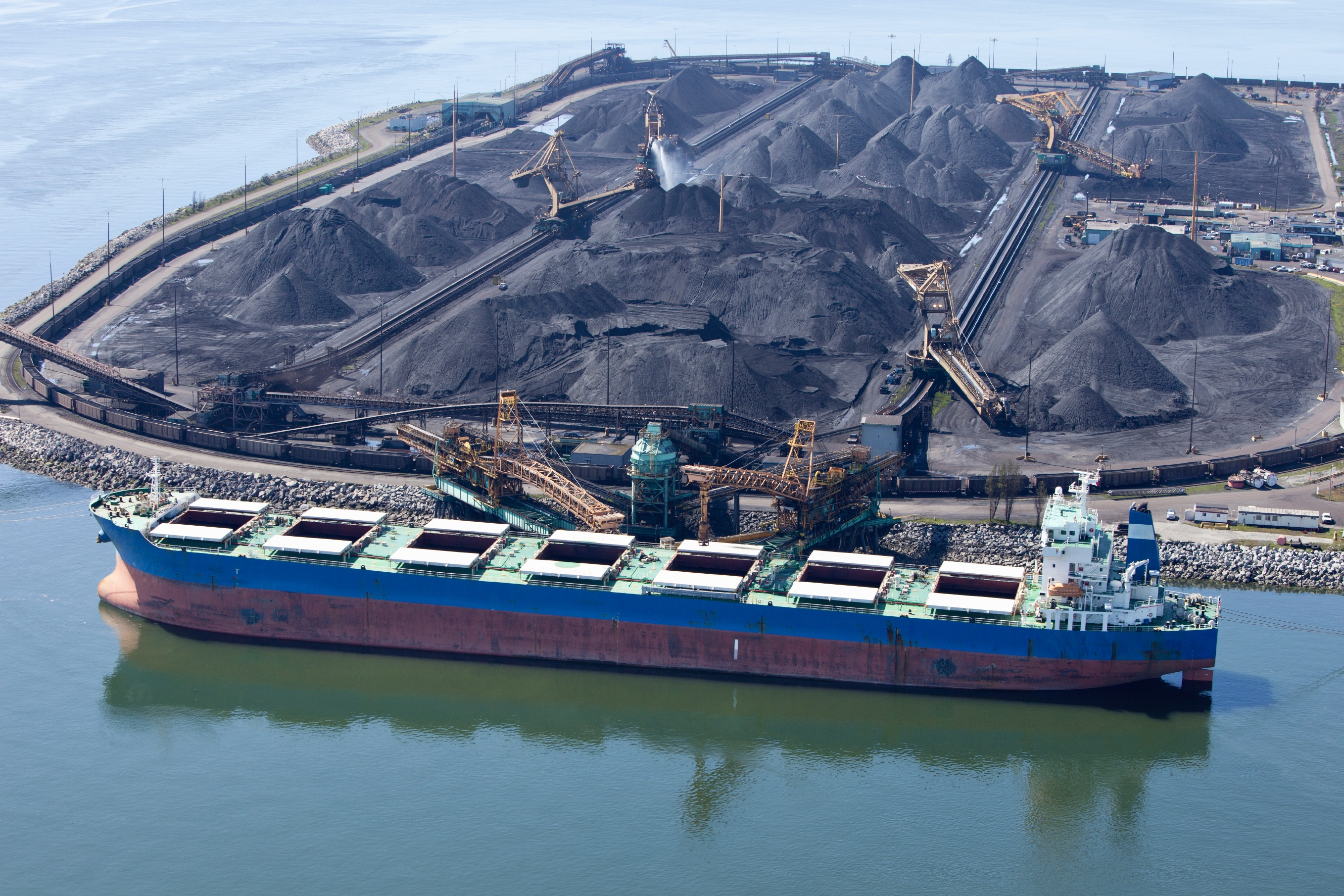 California move to ban coal exports from Bay Area terminals