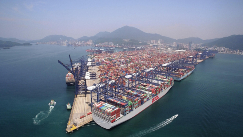 Shenzhen: OOCL Hong Kong at YICT