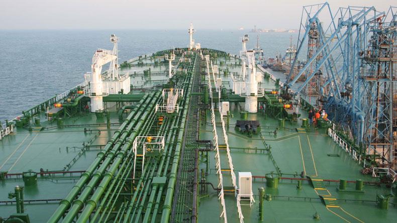 Suezmax tonnage taking more Russian barrels :: Lloyd's List