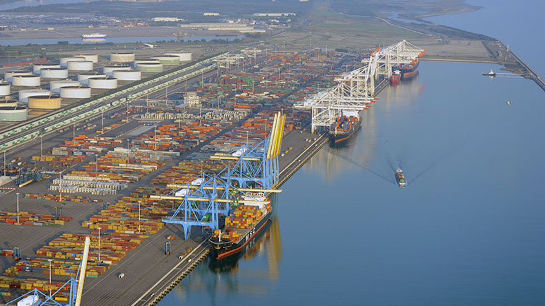 Port of Le Havre: aerial view of Port 2000 Terminals