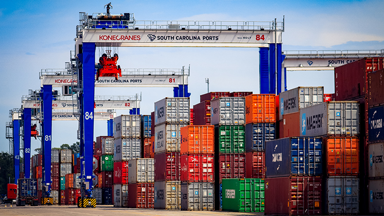 Charleston, USA: RTGs at Wando Welch Terminal 3